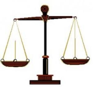 luat quang cao e1303541240649 300x283 Luật quảng cáo cần rõ ràng