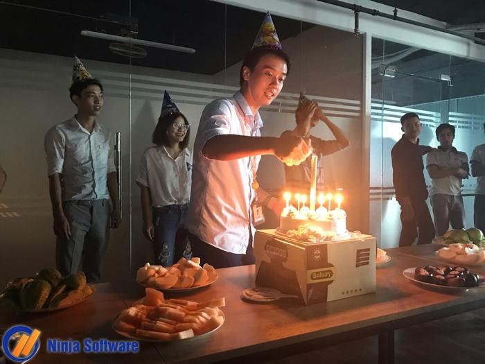 snt8 Ninja tổ chức sinh nhật tháng 8 cho CBNV tràn ngập niềm vui