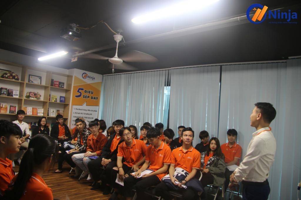 5 2 1024x683 Phần mềm Ninja chào đón Sinh viên FPT Polytechnic đến thăm quan thực tế
