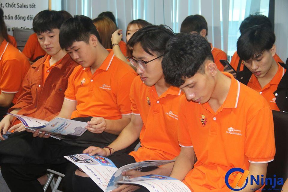 74701559 1063857633967387 4771575959956488192 o Lan tỏa nét đẹp văn hóa doanh nghiệp Ninja trong buổi thăm quan thực tế của sinh viên FPT Polytechnic tại công ty