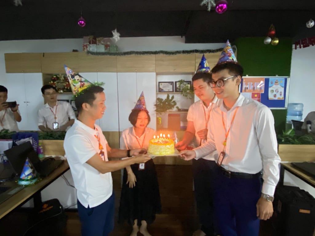 z1995859783841 f766fa5cde61bbe2d3d3791aad0f60a1 1024x768 Chúc mừng sinh nhật thành viên tháng 7 tại phần mềm Ninja