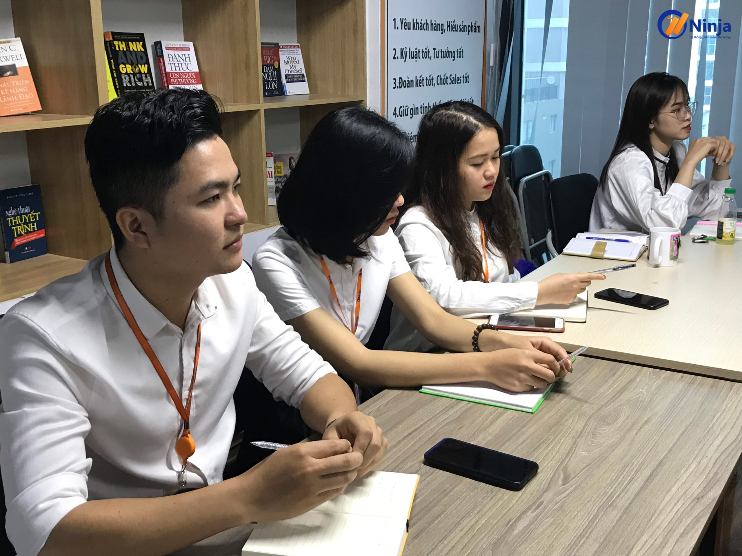 dao tao content 4 scaled Chia sẻ kỹ năng viết content PR thực chiến trong kinh doanh Online