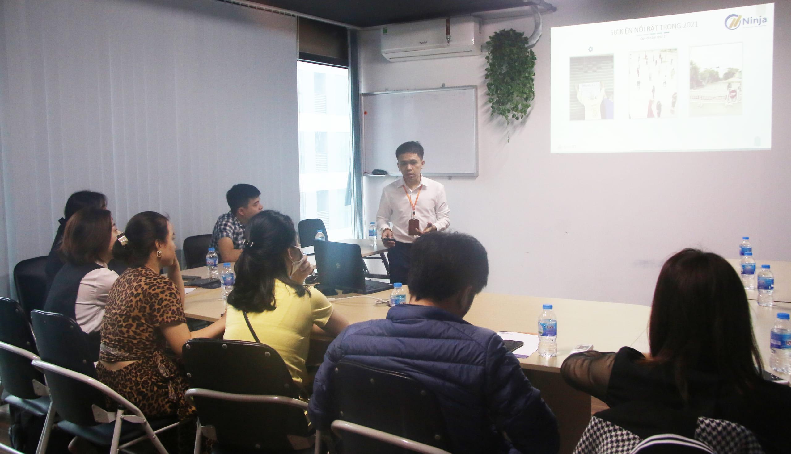 dao tao tim kiem khach hang3jpg scaled Đào tạo Ninja Hà Nội: Cách tìm kiếm khách hàng tiềm năng trên MXH